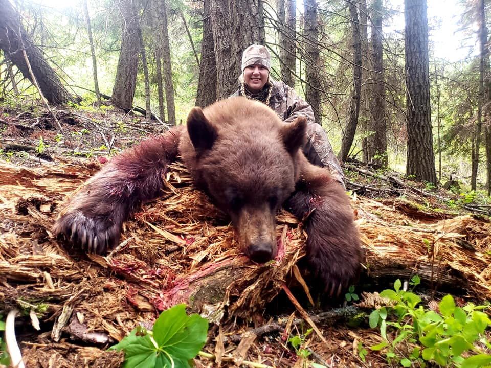 best Idaho Hunting Guides And Gears